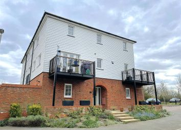 Lakeside Avenue, Faversham ME13. 4 bed town house for sale
