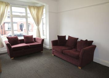 Thumbnail 5 bed property to rent in Estcourt Avenue, Headingley, Leeds