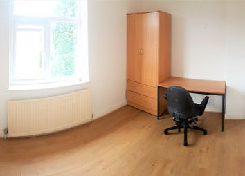 Thumbnail 3 bed property to rent in Moorfield Avenue, Withington, Manchester