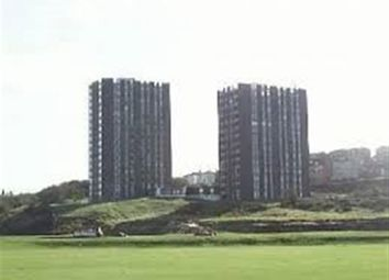 Thumbnail 2 bedroom flat to rent in The Cliff, Wallasey