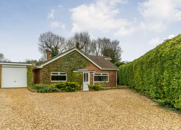Thumbnail 5 bed bungalow for sale in Farm Stile, Daventry, Northamptonshire