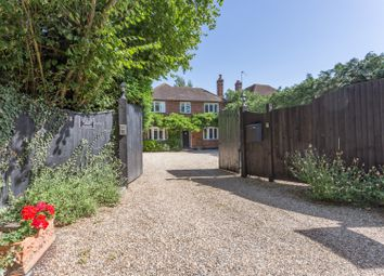 Lovel Road, Winkfield, Berkshire SL4. 5 bed detached house