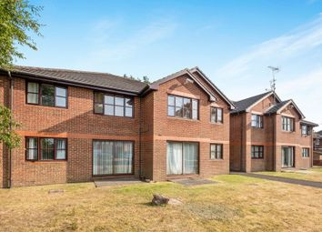 Thumbnail 1 bed flat to rent in Berkshire Road, Camberley