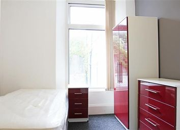 Thumbnail 3 bed flat to rent in Bishops Place, Plymouth