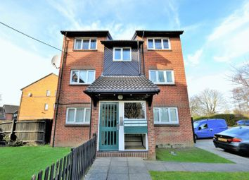 Thumbnail 1 bed flat for sale in Coe Avenue, London