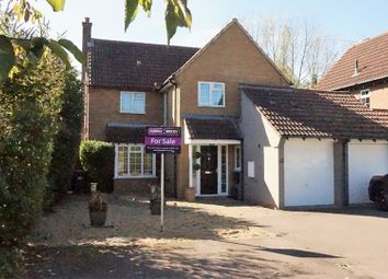 4 bed link-detached house for sale in Vicarage Green, Thurleigh, Bedford MK44