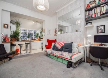 Thumbnail 1 bedroom flat for sale in Mildmay Grove South, London