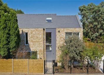 Egerton Road, Weybridge KT13. 4 bed detached house