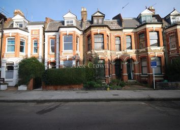 Thumbnail Studio to rent in Clissold Crescent, London