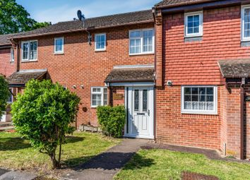 2 bed terraced house to rent in Old School Close, Netley Abbey, Southampton SO31