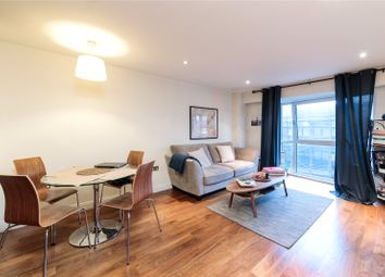 Thumbnail 1 bed flat to rent in Goswell Road, Barbican
