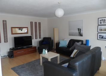 Thumbnail 2 bed property to rent in Clarendon Road, Southsea