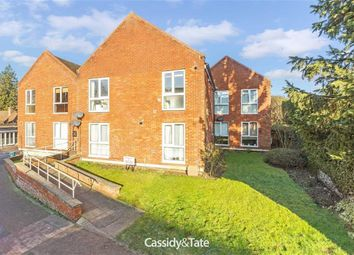 Thumbnail 2 bed flat to rent in High Street, Wheathampstead, Hertfordshire