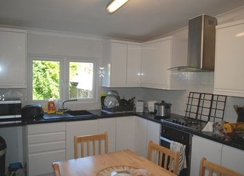 6 bed semi-detached house to rent in James Lane, London E10