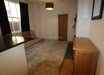Thumbnail 2 bed maisonette to rent in Valetta Road, Acton