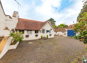 Islet Park Drive, Maidenhead, Berkshire SL6. 3 bed detached house