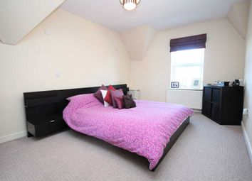 Thumbnail 2 bed flat for sale in Western Gardens, Brentwood