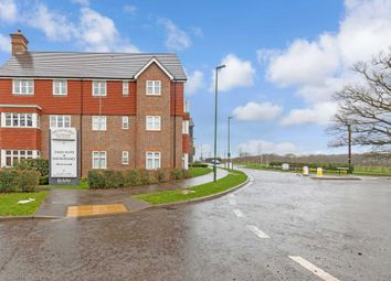 Thumbnail 1 bed flat to rent in Rapley Rise, Southwater