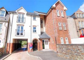 Thumbnail 2 bedroom flat for sale in Chambercombe Road, Ilfracombe