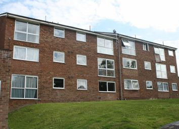 Thumbnail 2 bedroom flat to rent in Elstree Road, Hemel Hempstead