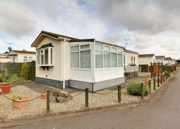 Thumbnail 2 bed mobile/park home for sale in Brocklesby Ox Park Homes, Bridge Street, Brigg