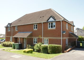 Thumbnail 2 bedroom flat for sale in Hazel Road, Four Marks, Hampshire
