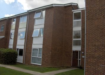 Thumbnail 1 bed flat to rent in Lupin Drive, Chelmsford