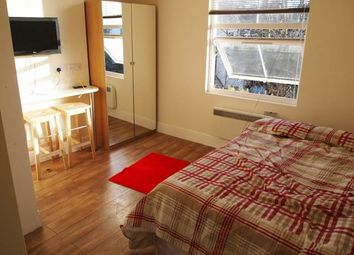 Thumbnail Studio to rent in Tufnell Park Road, London