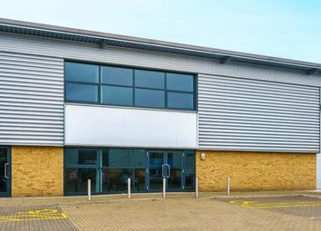 Thumbnail Industrial to let in Farnham Road, Slough