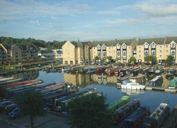 Thumbnail 2 bed flat to rent in Evans Wharf, Apsley Lock, Hemel Hempstead