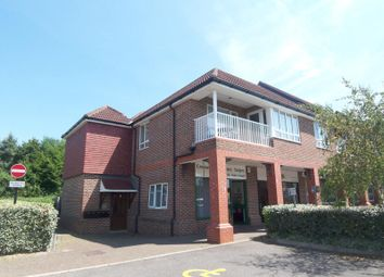 Thumbnail 2 bed flat to rent in Bartholomew Way, Horsham