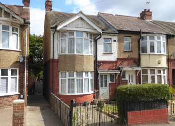 Thumbnail 3 bedroom end terrace house for sale in Poynters Road, Luton