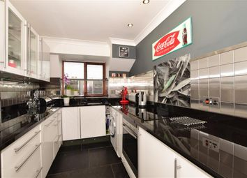 2 bed flat for sale in Crook Log, Bexleyheath, Kent DA6