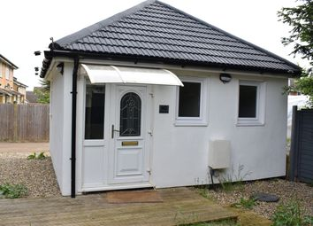 Thumbnail 1 bed detached house to rent in Hampshire Drive, Maidstone