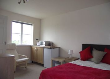 Thumbnail 1 bed property to rent in Pinewood Drive, Cheltenham