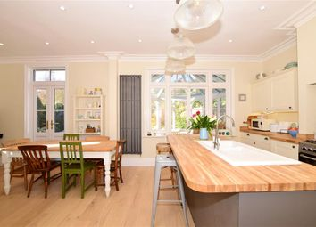 Thumbnail 6 bed detached house for sale in Bower Mount Road, Maidstone, Kent