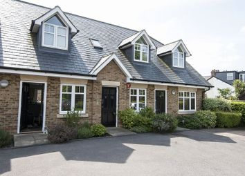 Thumbnail 1 bed flat to rent in Manor Road, Walton-On-Thames