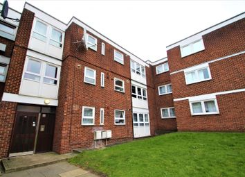 Thumbnail 1 bedroom flat to rent in Thornhill Gardens, Barking