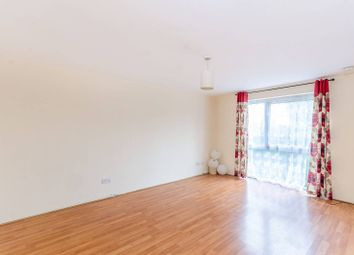 Thumbnail 2 bedroom flat for sale in Lynn Road, Newbury