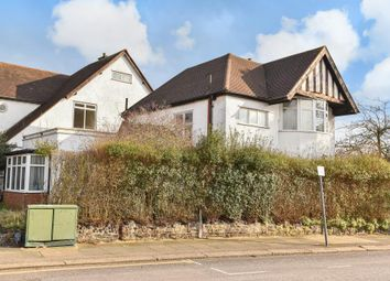 3 bed detached house for sale in Lyndhurst Avenue, Mill Hill NW7,