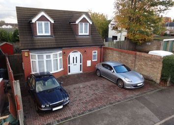 2 bed property for sale in Bancroft Road, Luton LU3