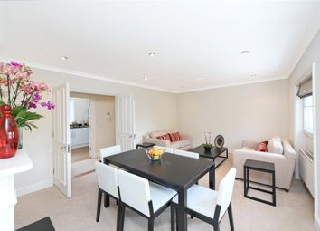 Thumbnail 3 bed flat to rent in King's Road, Chelsea, London