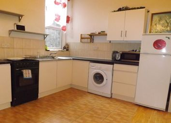 Thumbnail 1 bed flat to rent in Corporation Street, London