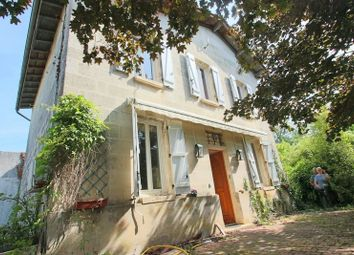 Thumbnail 4 bed property for sale in Aquitaine, Gironde, Saint Seurin Sur L'isle
