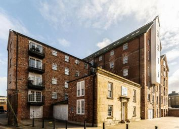 Thumbnail 1 bed flat to rent in Commercial Road, Gloucester