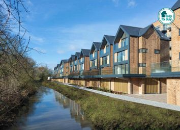 Thumbnail 3 bed town house for sale in Victoria Way, Ashford