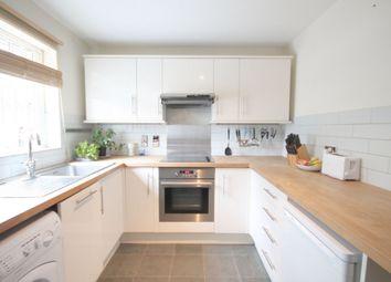 Thumbnail Flat to rent in Castlehaven Road, Camden