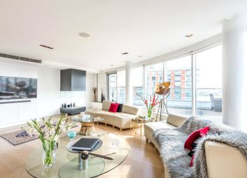 Thumbnail 3 bedroom flat to rent in New Providence Wharf, 1 Fairmont Avenue, London
