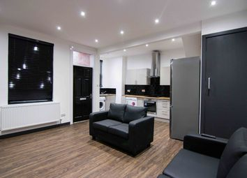 Thumbnail 4 bed property to rent in Royal Park Terrace, Hyde Park, Leeds