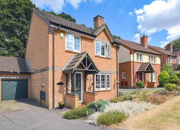 Thumbnail 4 bed detached house for sale in Hawkley Drive, Tadley